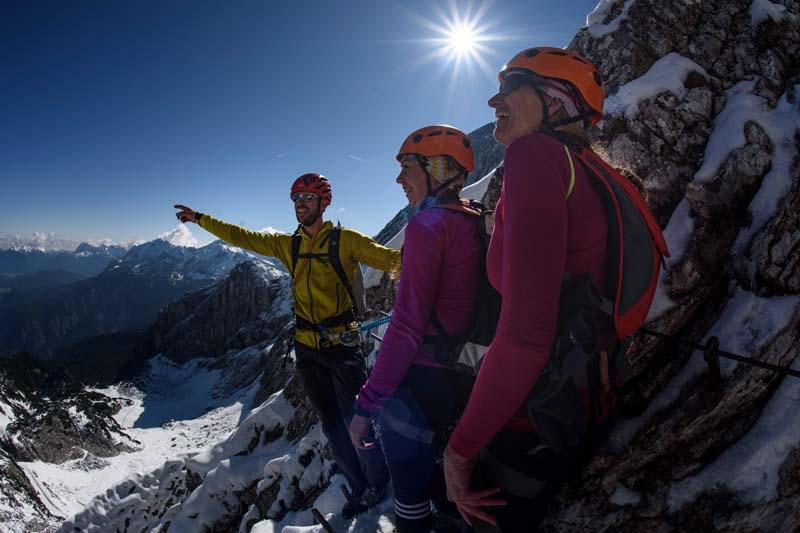 Klettersteigset Verleih Garmisch : Bilder vom klettersteig an der alpspitze alpinschule garmisch